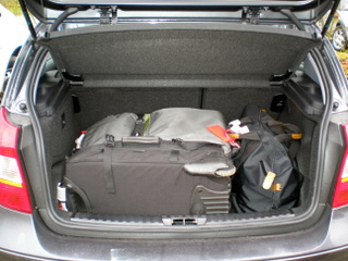 How much luggage space is in a compact car? - Gemut.com